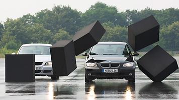 http://blobs.continental-tires.com/www8/servlet/image/67178/uncropped/356/0/3/dd2-1847-adac-fsz-styrofoam-wall-rolling-resistance-08-2007-boedeker.jpg