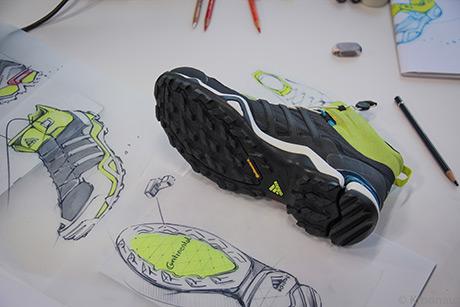 Record del mondo con le scarpe a suola Continental