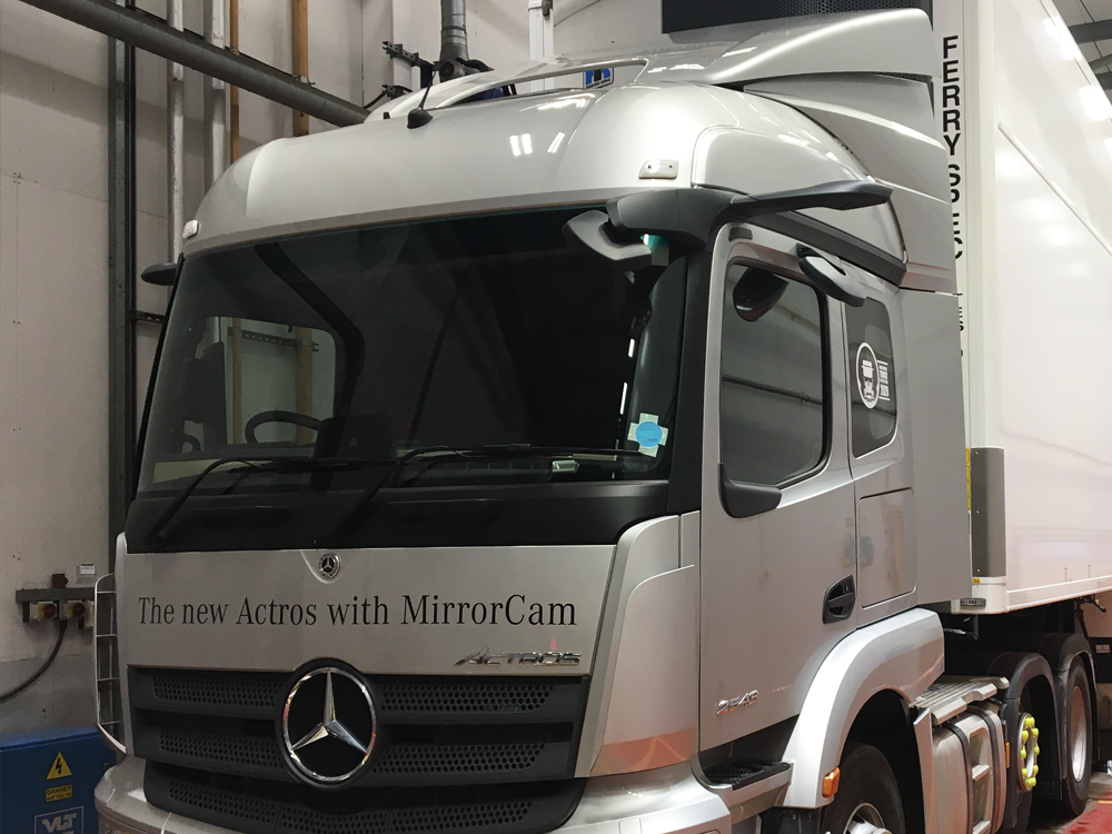 Continental Tyres and Mercedes-Benz Trucks UK create groundbreaking trailer TPMS
