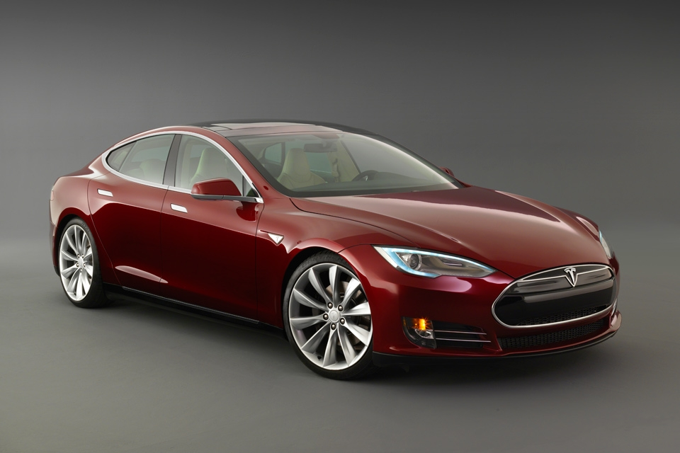 Electric car maker Tesla honours Continental