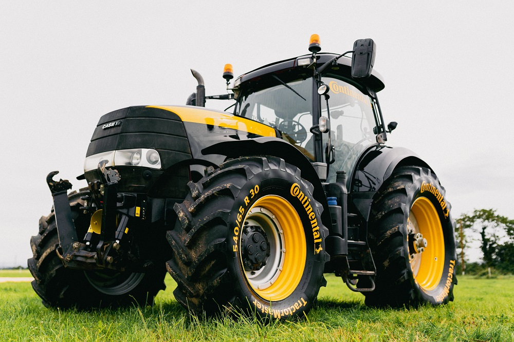 Continental_OE Approval Case IH Steyr
