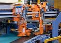 Máquina trabalhando durante produção pneu Continental