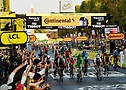 Sam Bennett winning the final sprint on the Champs-Elysees at Tour de France 2020 - A.S.O. Alex Broadway