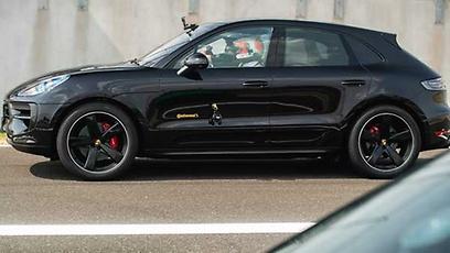 Porsche Macan GTS - Wallpaper